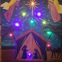 crystal-lighted-nativity