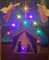 crystal-lighted-nativity